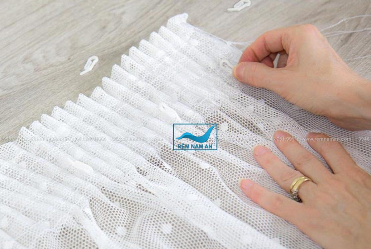 Cách chiết ly rèm vải