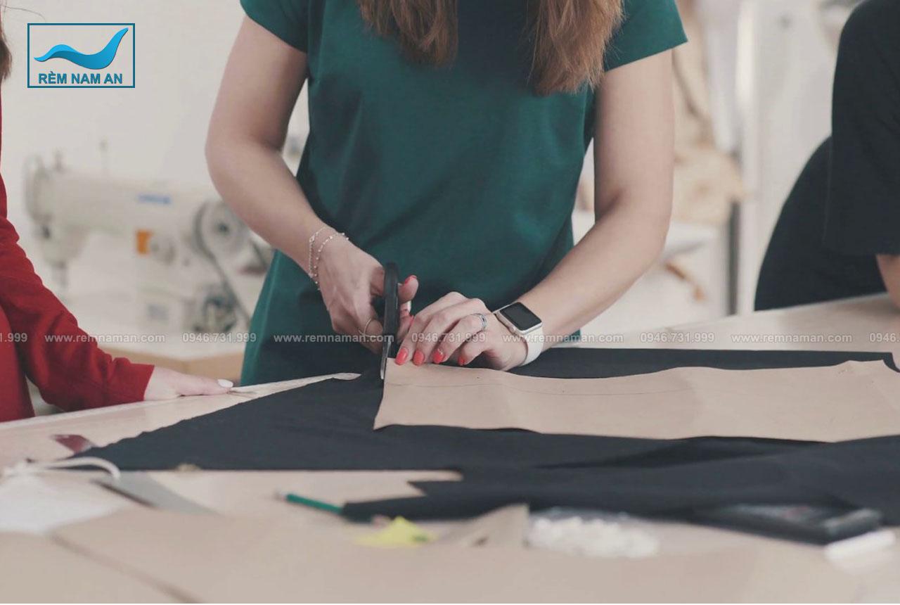 Cách đo vải làm rèm chiết ly