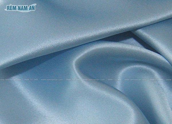 Chất liệu vải lụa làm rèm