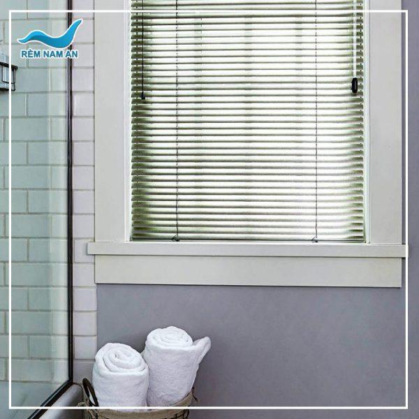 Rèm nhôm phòng tắm chống nước