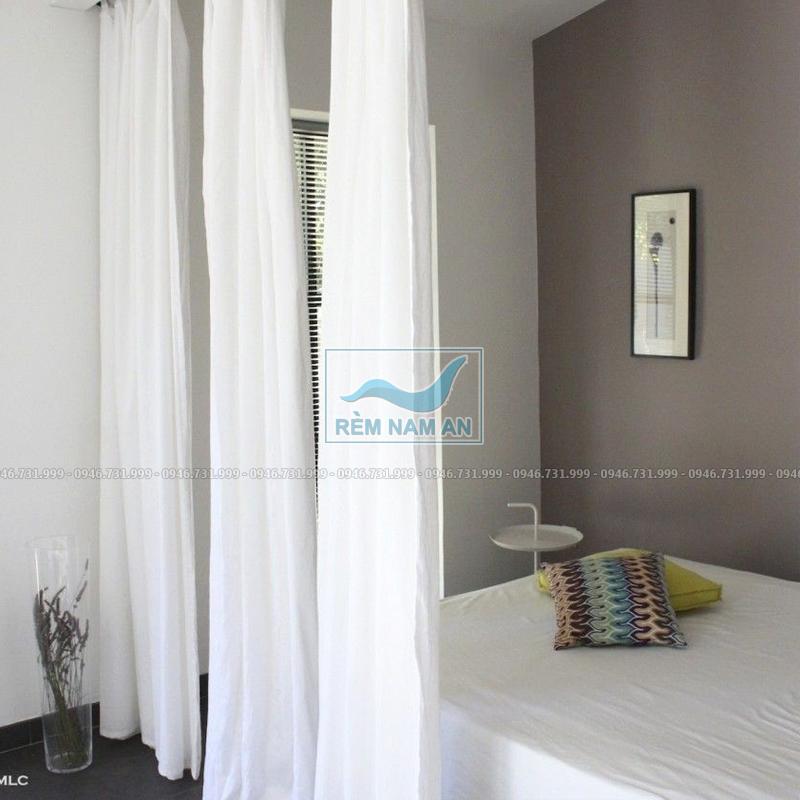 Rèm ngăn phòng tắm bằng vải voan