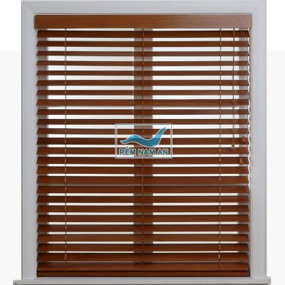 Rèm gỗ cửa sổ gia đinh