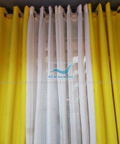 Rèm vải màu vàng chanh cho cửa đẹp tươi sáng