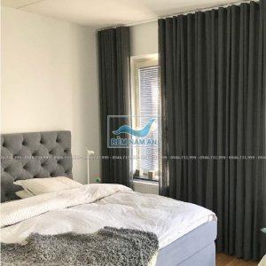 Rèm vải cửa sổ phòng ngủ chung cư