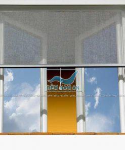 Rèm cuốn lưới chống muỗi cửa sổ