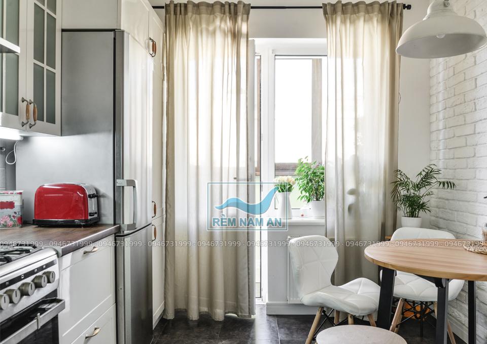 Vách ngăn phòng bếp ăn bừng rèm vải